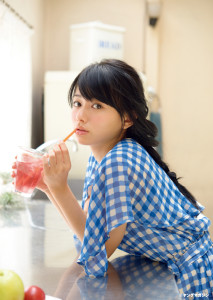 山本舞香出典 yanmaga.jp